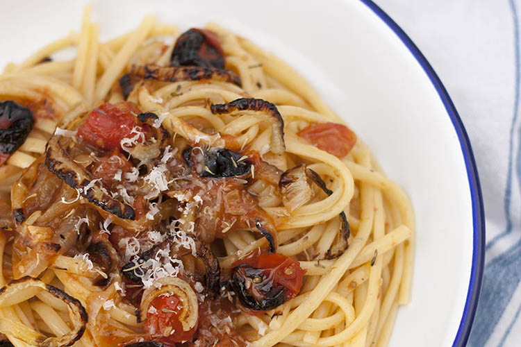 Charred tomatoes and onions pasta