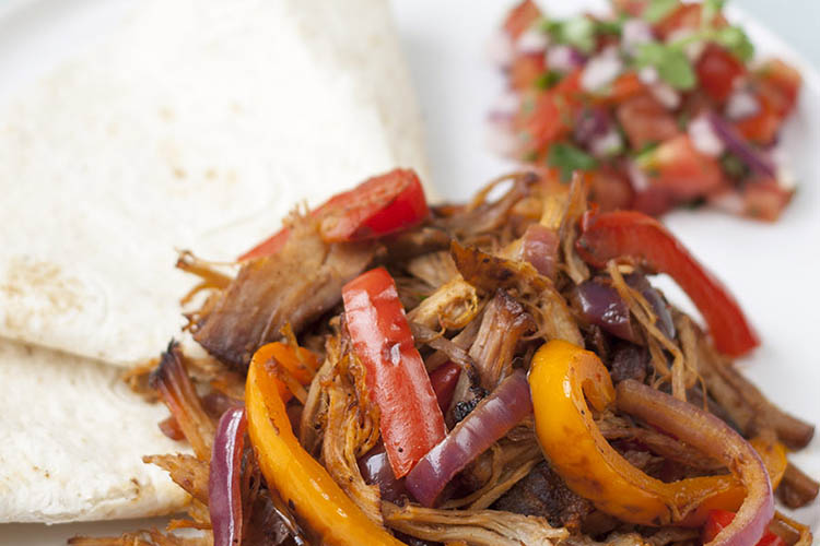 Pulled pork fajitas with salsa cruda