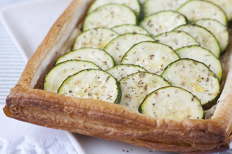 Tangy courgette and goat cheese tart