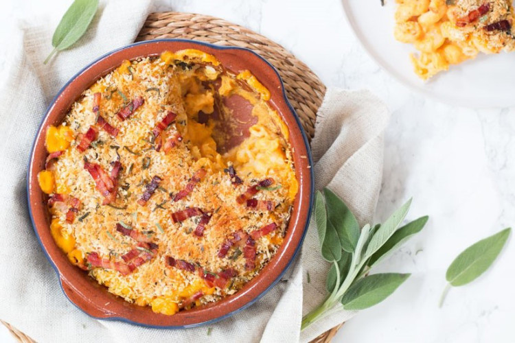 Pumpkin Mac & Cheese with Sage, Bacon and Parmesan crusty topping